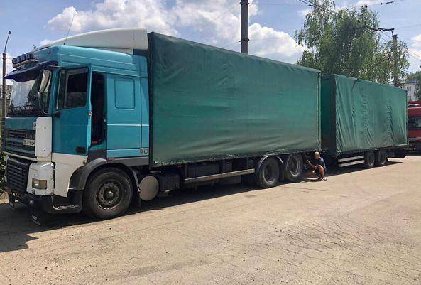 Вантажівка Daf Xf 95 2000року тягач з прицепом фура автопоїз