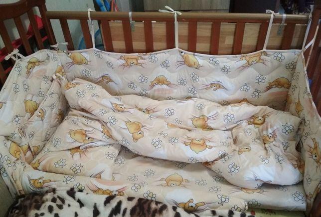 Ліжечко Верес Соня з матрацом, захистом, постіллю/кроватка Верес Соня