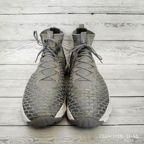 Кроссовки Nike размер 42