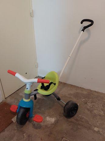 Triciclo de criança