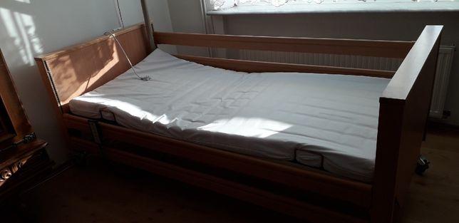 Łóżko szpitalne z pilotem