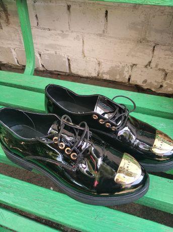 Женские осенние туфли