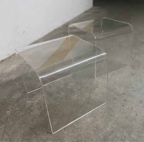 2 mesas de cabeceira 40x40 cm em acrilico transparente