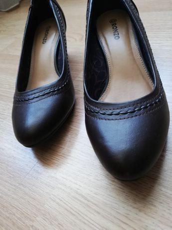 Туфли женские лодочка