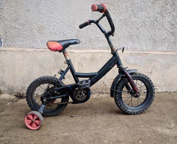 Продам велосипед 12' диаметр + доп. Колёса