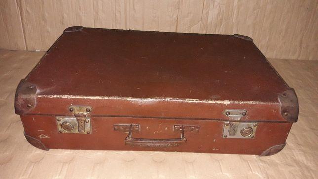 Stara walizka kufer Vintage PRL 55cm x 37cm x 15cm