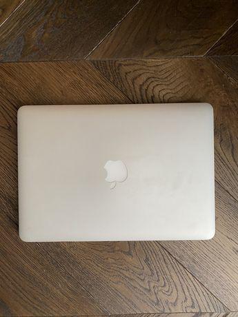 """Macbook pro 13"""" 2015  Model : A1502"""