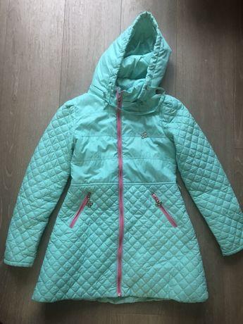 Демисезонная куртка. Очень красивая.