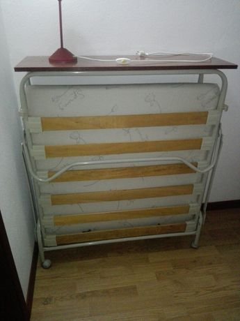 Cama articulada com colchão