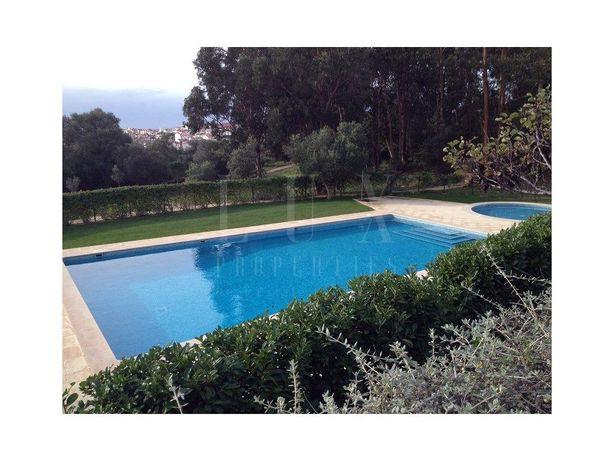 Moradia V6 em condomínio de luxo na Quinta de São Martinh...