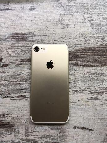 iPhone 7/128 gold неверлок