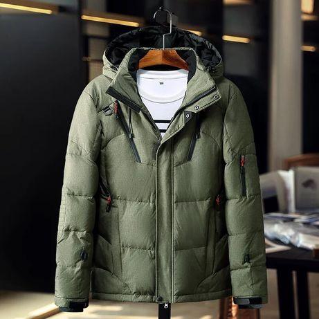 Чоловіча зимова куртка «М»