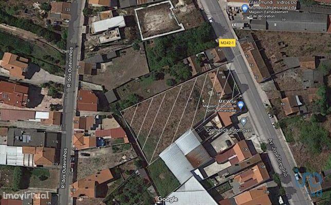 Terreno - 1870 m²