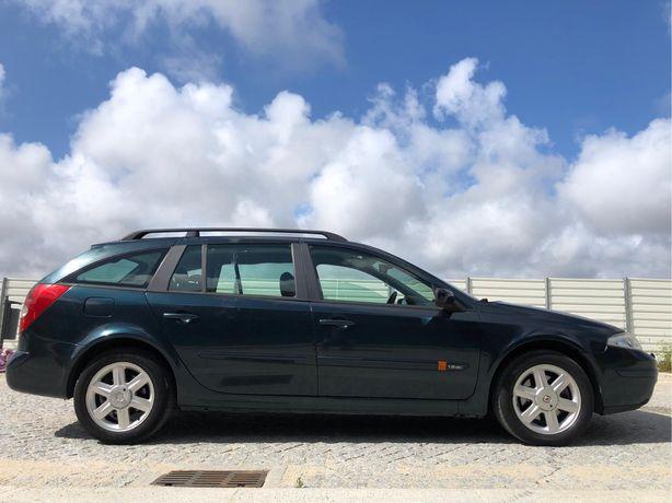 Renault laguna de 4 portas