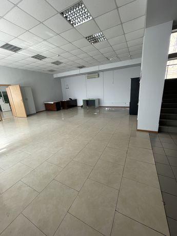 Сдам в аренду магазин/ офис по проспекту Ильича