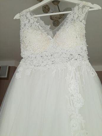 Suknia, Suknia ślubna