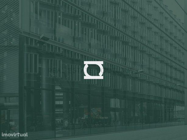 Loja 1ª Linha de Rio | 99,8 m²