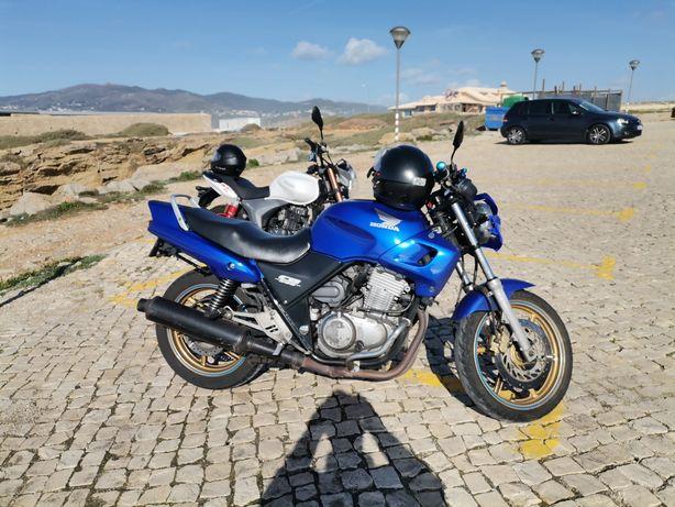Mota CB500 de 2000