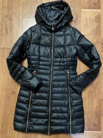Зимнее пальто . Пуховик