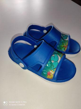 Sandały rozmiar 25