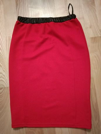 Czerwona spódnica ołówkowa elastyczna xs