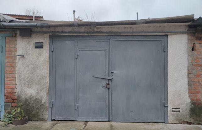 Продам капитальный гараж на Якира Чугуев