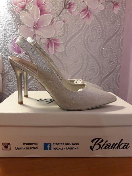 Продам туфли на выпускной или свадьбу