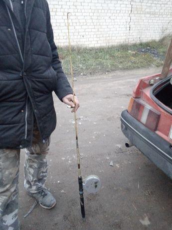 Продам спінінг дєдовський