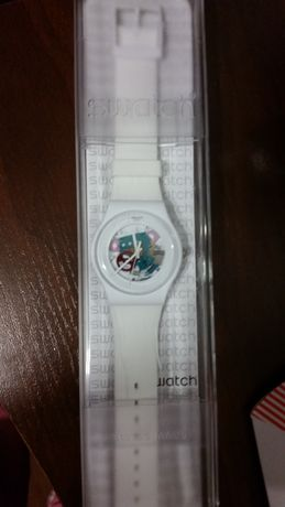 Швейцарские часы Swatch SUOW100
