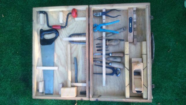 Majsterkowicz PRL zestaw narzędzi w oryginalnym pudełku lata 70te