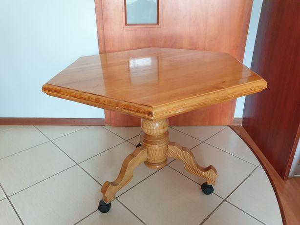 Stół drewniany z litego drewna