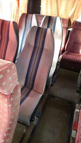 Продам сидения в автобус и водительское сидение