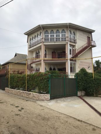 Срочно! Продам отличный дом на Каролино-Бугазе 500м от моря