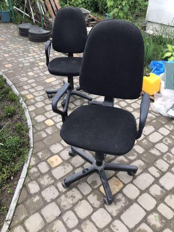 Продам офісні крісла 2 шт