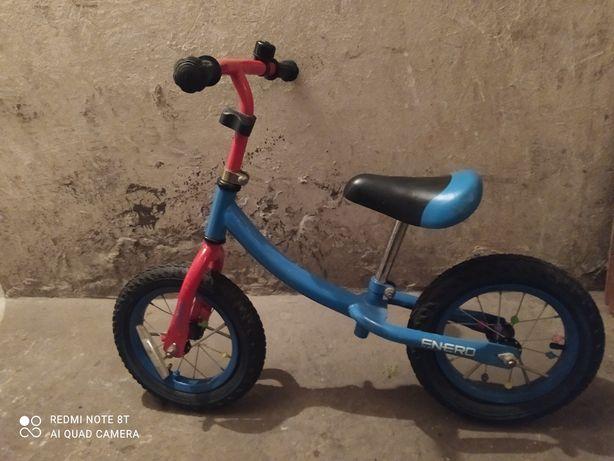 Rowerek biegowy bez pedałów