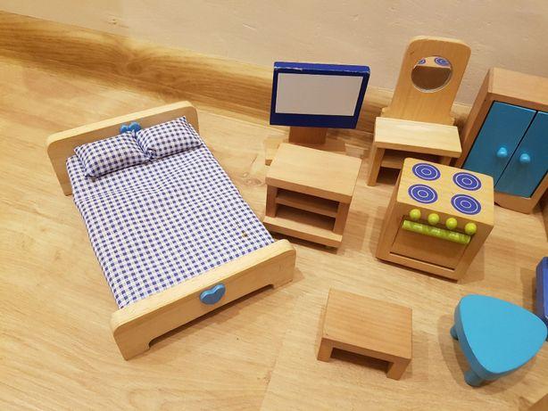 Drewniane mebelki dla lalek