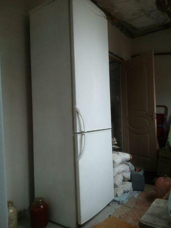 холодильник Н=1,9м с гарантией