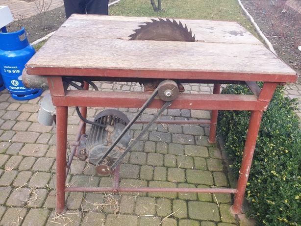 Piła stołowa do drewna krajzega - 1,5kW