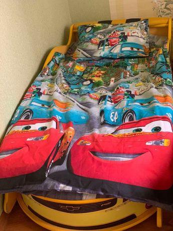 Комплект постели в кровать машину по Вашим размерам на резинке разные