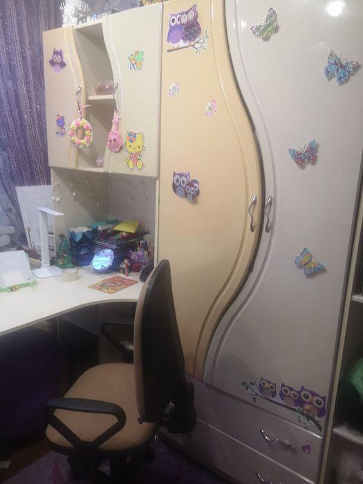 Шкаф у детскую с письменным столом Носовка - изображение 1