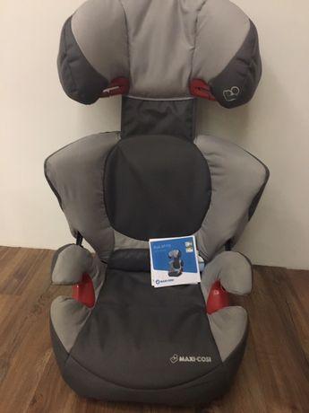 Дитяче автомобільне крісло Maxi-cosi Rodi XP Fix 15-36кг