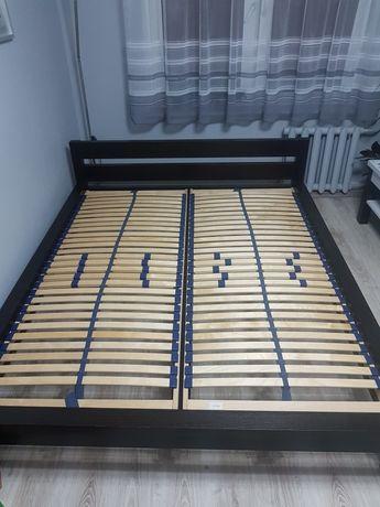 Łóżko sypialniane  160 x 200