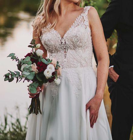 Suknia ślubna szyta na wymiar przez projektantkę doskonała jakość