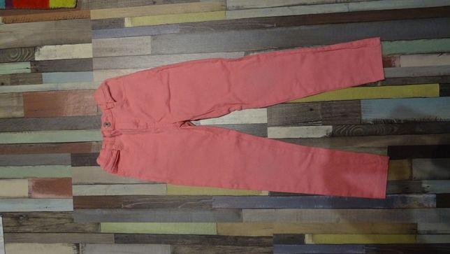 spodnie dziewczęce w rozmiarze 122-128