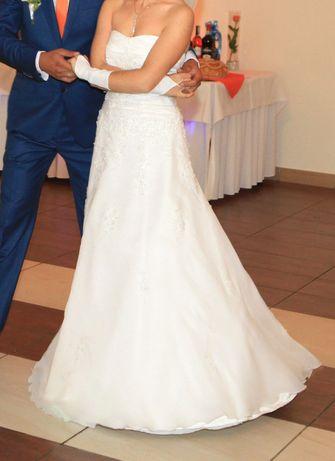 suknia ślubna r. 36 biała