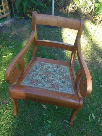 Fotele , krzesła retro