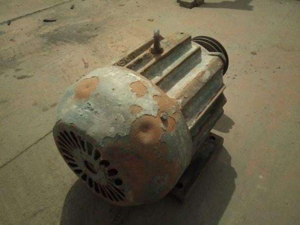 Мотор, двигатель, двигун 3-х фазний, СССР