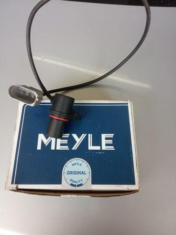 Датчик положения коленвала passat b 5 Meyle