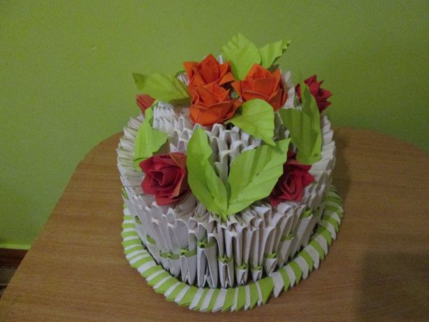 Торт з паперу (ручна робота)