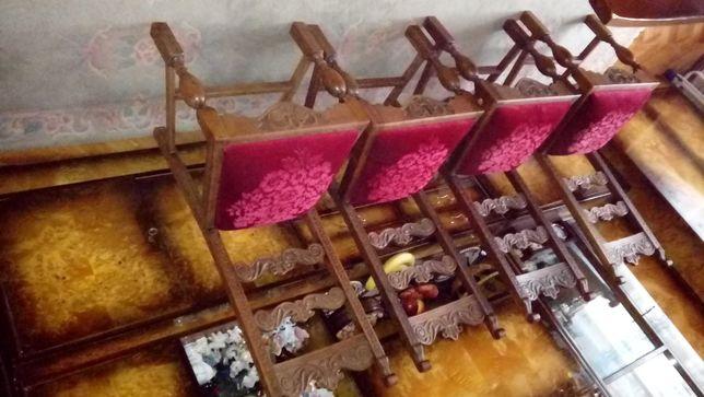 ANTYKI po wojenne rzezbione drewno lite siedziska wkładane sprężyna